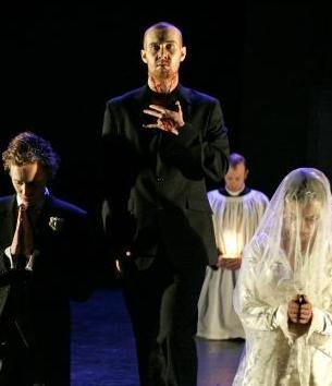 Laurence Spellman with Tom Hiddleston and Olivia Williams in 'The Changling'