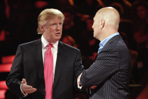 Howie Mandel and Donald Trump in Deal or No Deal (2005)