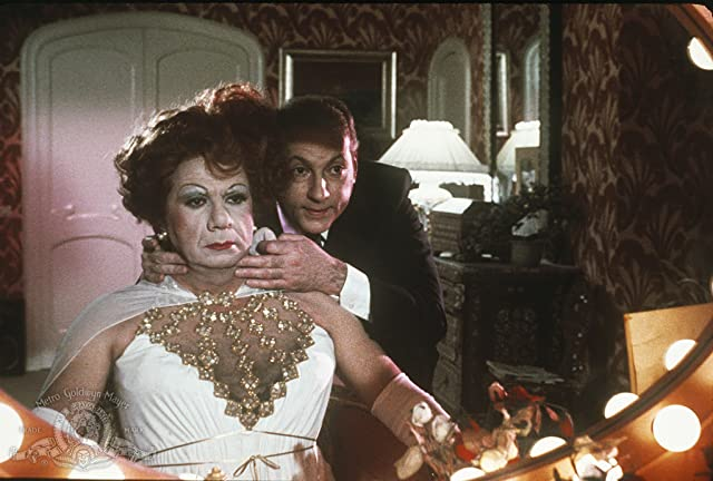 Michel Galabru and Michel Serrault in La Cage aux Folles (1978)