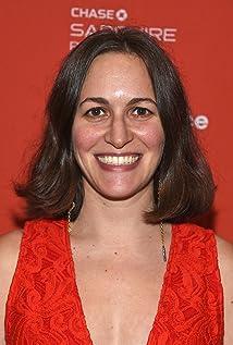 Suzanne Hillinger Picture