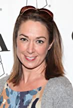 Elizabeth Marvel's primary photo