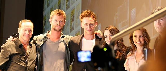 Natalie Portman, Clark Gregg, Kat Dennings, Tom Hiddleston, and Chris Hemsworth at Thor (2011)