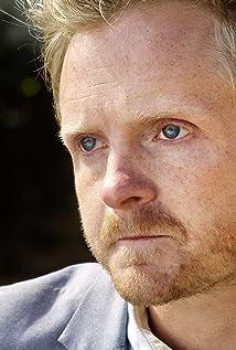 Aktori Chad Krowchuk