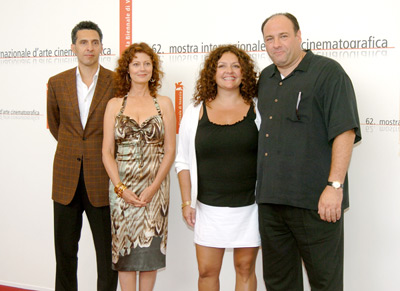 Susan Sarandon, James Gandolfini, John Turturro, and Aida Turturro at Romance & Cigarettes (2005)