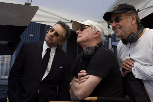 Robert De Niro, Barry Levinson, and Art Linson in What Just Happened (2008)