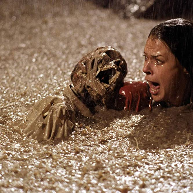 JoBeth Williams in Poltergeist (1982)