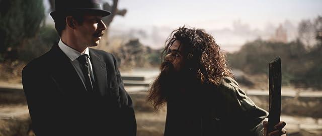 Mathieu Amalric and Jamel Debbouze in Poulet aux prunes (2011)