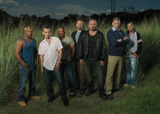 Peter Stormare, Rockmond Dunbar, Robert Knepper, Wentworth Miller, Dominic Purcell, Amaury Nolasco, and Lane Garrison in Prison Break (2005)