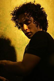 Keaton Simons Picture