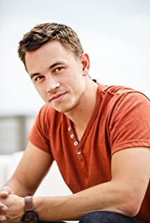 Justin Flom Picture