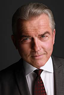 Aktori Nigel Barber