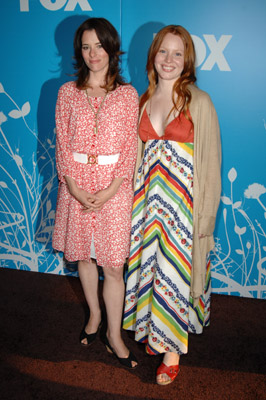 Parker Posey and Lauren Ambrose
