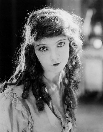Lillian Gish in