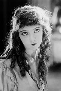 Lillian Gish Picture