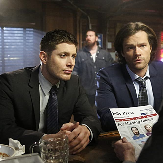 Jensen Ackles, Ryan Jefferson Booth, Suki Kaiser, and Jared Padalecki in Supernatural (2005)