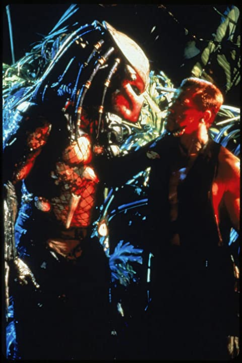 Arnold Schwarzenegger and Kevin Peter Hall in Predator (1987)