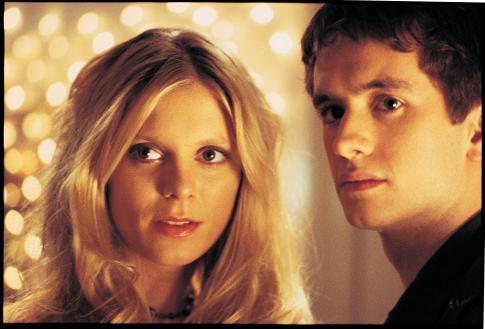 Sean Biggerstaff and Emilia Fox in Cashback (2006)