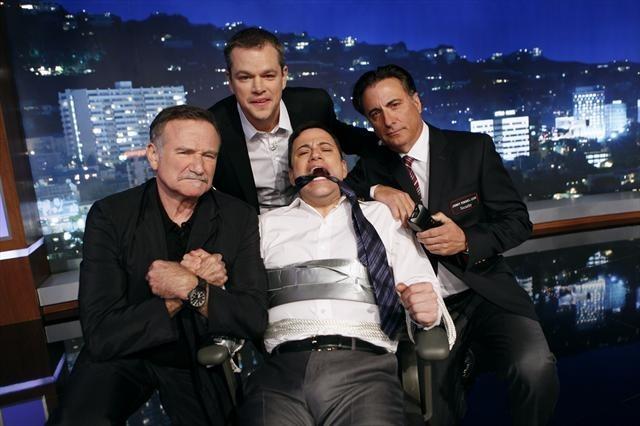 Robin Williams, Matt Damon, Andy Garcia, and Jimmy Kimmel in Jimmy Kimmel Live! (2003)