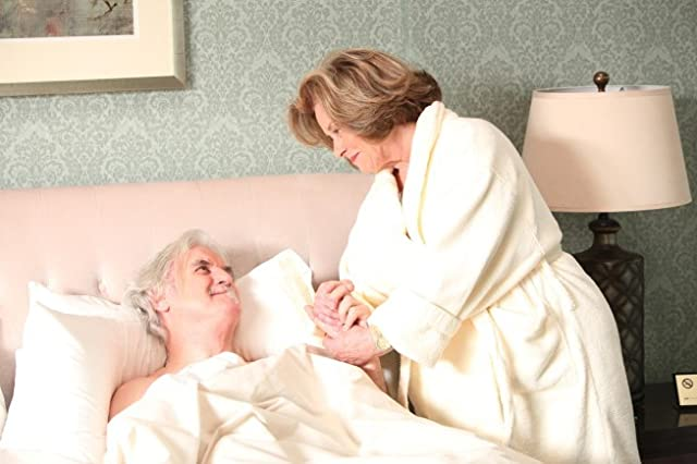 Diane Baker and Billy Connolly in House M.D. (2004)