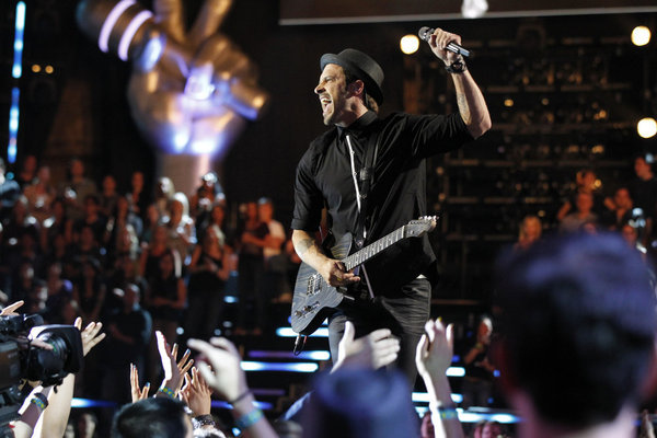 Tony Lucca in The Voice (2011)