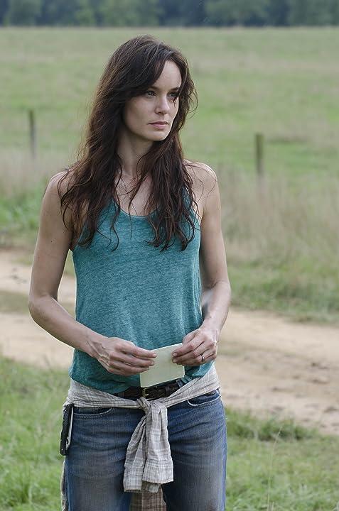 Sarah Wayne Callies in The Walking Dead (2010)