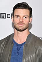Daniel Gillies's primary photo