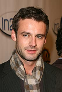 Callum Blue Picture
