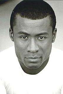 Aktori Sean Blakemore