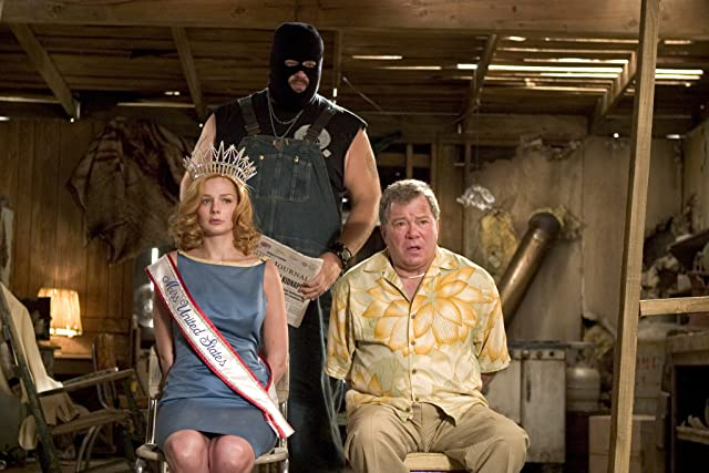 William Shatner, Abraham Benrubi, and Heather Burns in Miss Congeniality 2: Armed and Fabulous (2005)