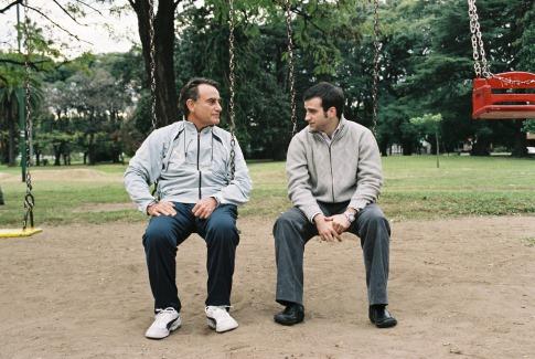 Arturo Goetz and Daniel Hendler in Family Law (2006)