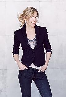 Danielle De Luca Picture