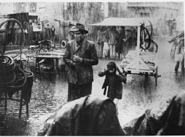 Lamberto Maggiorani and Enzo Staiola in Bicycle Thieves (1948)