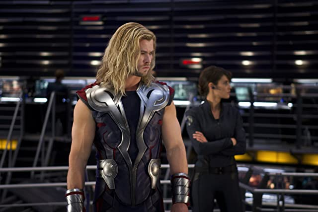 Cobie Smulders and Chris Hemsworth in The Avengers (2012)