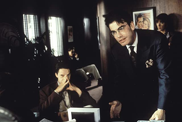 Tim Robbins and Peter Gallagher in The Player (1992)