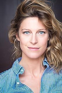 Aktori Alexia Barlier