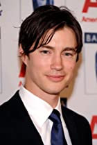 Image of Tom Wisdom
