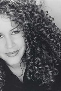 Diana Maria Riva Picture