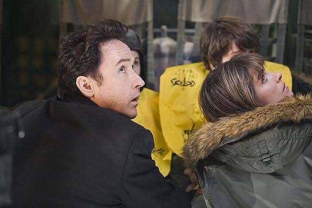 John Cusack and Amanda Peet in 2012 (2009)