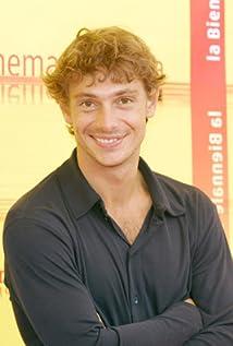 Aktori Giorgio Pasotti