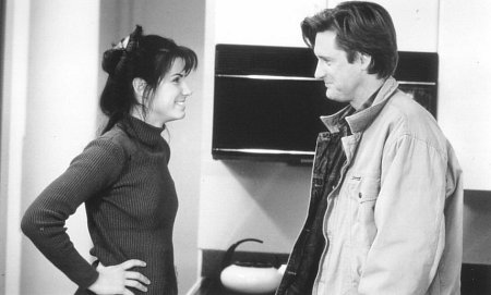 Sandra Bullock and Bill Pullman in While You Were Sleeping (1995)