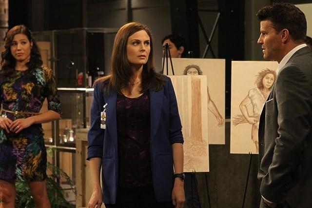 David Boreanaz, Michaela Conlin, and Emily Deschanel in Bones (2005)