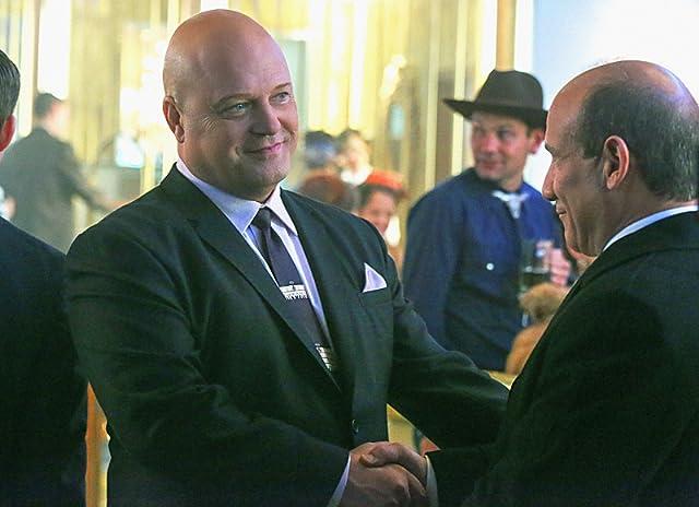 Michael Chiklis and Paul Ben-Victor in Vegas (2012)