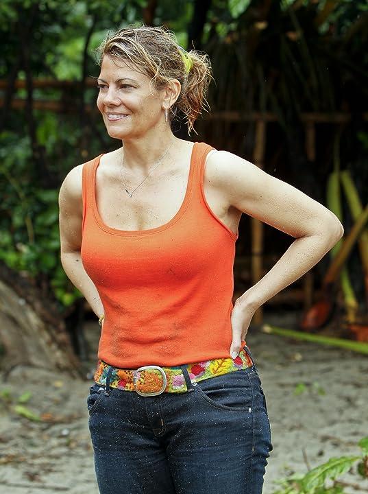 Lisa Whelchel in Survivor (2000)