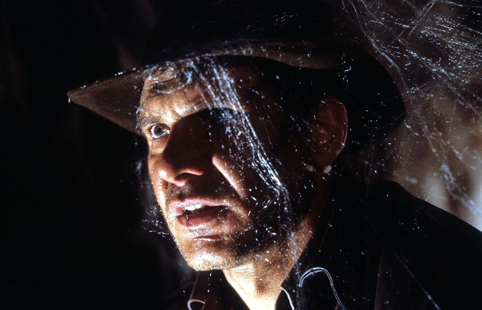 Descargar Indiana Jones y la última cruzada Latino por MEGA.