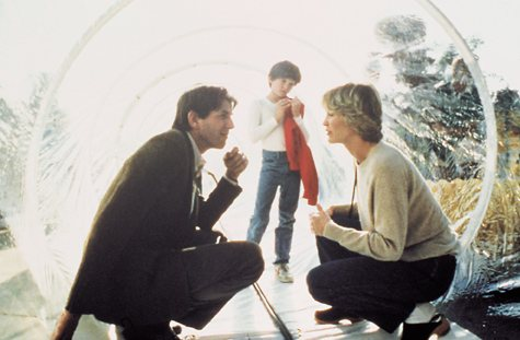 Peter Coyote, Henry Thomas, and Dee Wallace in E.T. the Extra-Terrestrial (1982)