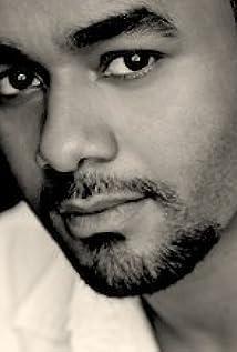 Aktori TJ Hassan