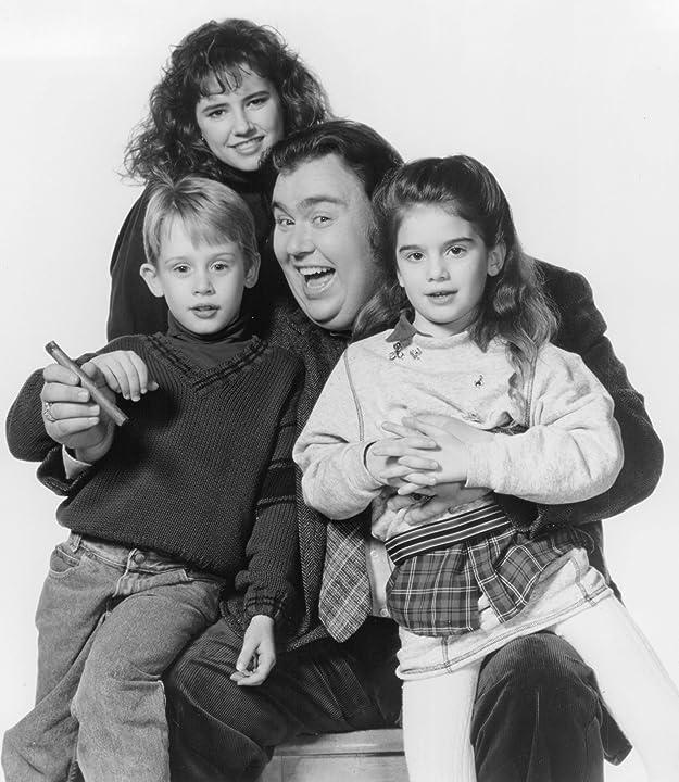 Macaulay Culkin, Gaby Hoffmann, John Candy, and Jean Louisa Kelly in Uncle Buck (1989)