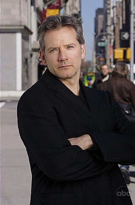 Campbell Scott in Six Degrees (2006)