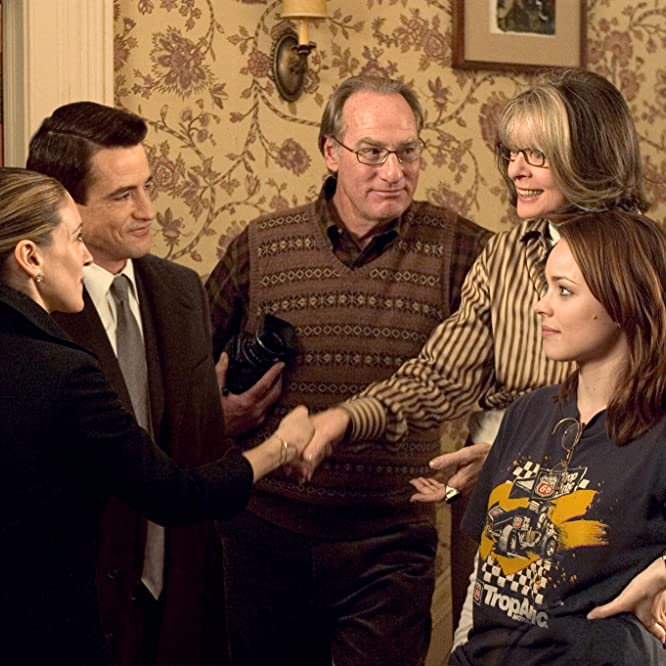 Diane Keaton, Dermot Mulroney, Sarah Jessica Parker, Meredith Morton, Rachel McAdams, and Everett Stone in The Family Stone (2005)