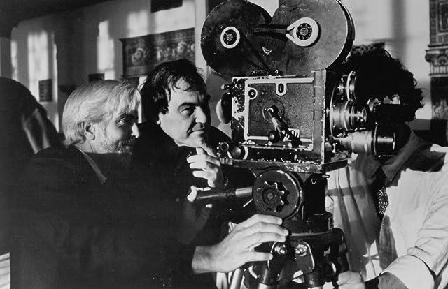 Oliver Stone and Robert Richardson in Nixon (1995)